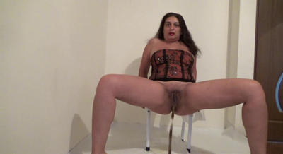82239 - Mistress Roberta – Tasty seeds shit for breakfast-pov