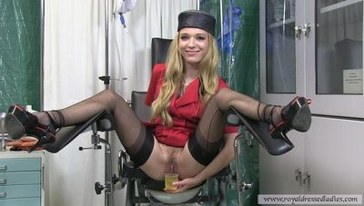 73934 - Ns gyno chair piss blonde