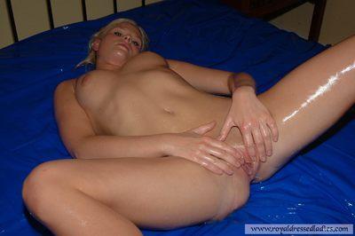 83305 - Beautiful Blonde Oiled Bitch