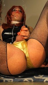 69996 - Mia_Brown 's Dirty Trailer #2 : A Flavoured Champagne