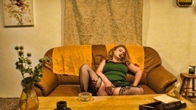 114529 - 50's Housewife 4K UHD