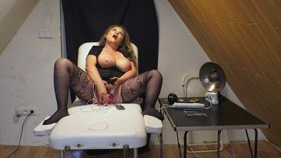 128570 - Electro Therapy on my Pussy 4K