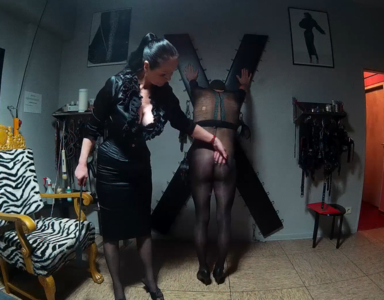 88572 - Education of my male slave hooker