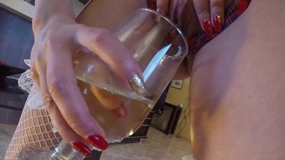 88334 - Mom's special pee drink