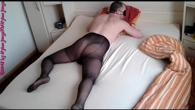 87795 - Super hot in pantyhose