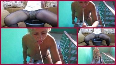 97814 - piss from blonde