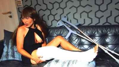 86758 - Long cast leg and humiliation Part 1 (LCL)