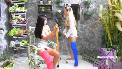 86764 - Double cast legs in Flower Shop - 2 Short cast legs (SCL)