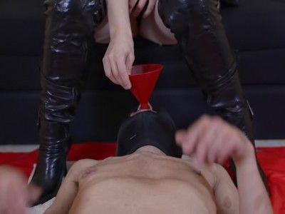 105039 - Drink slave, drink! - mp4