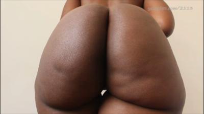 99119 - Athena's Nude Farts