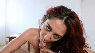 100206 - Blowjob with cumshot on the tongue