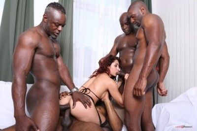100292 - Extreme gang bang with black