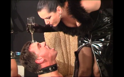 100246 - German Mistress have fun with slave