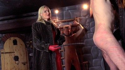 112978 - Venus In Furs Whipping 2 Slaves