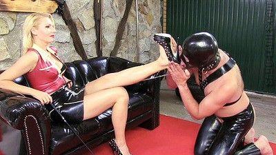 134200 - Lick The Heels
