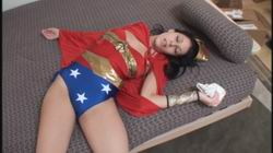 4135 - Wonder Woman Self-Chlrorformed