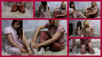 122253 - piss in pajamas from lesbians