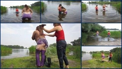 122552 - Lesbians bathing in the river1