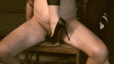 124776 - 'Mistress Valkiria crushes the poor slave's cock and balls'