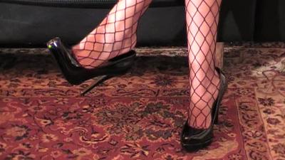 5208 - Princess High Heels Dangling