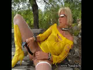 8424 - Nanalou yellow boots deepthroat at pool