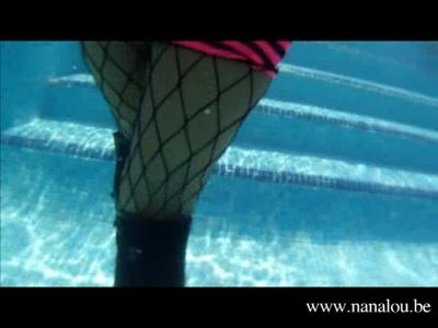 8741 - Nanalou  clitoris likes pool jets