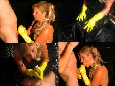 8255 - Slippery Blowjob Wearing Rubber Gloves And Apron
