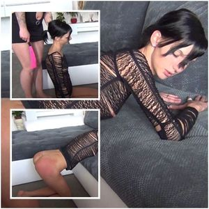 21389 - 18 year old brat spanking her ass
