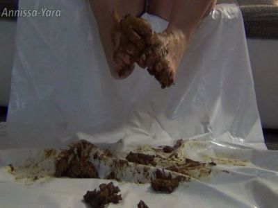 98542 - Come and clean my feet - caviar pure