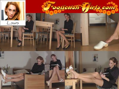 13530 - Wooden Sandals, Clogs / Sabots And Pumps