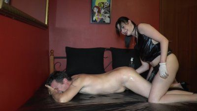 97056 - Strapon fuck with new slave