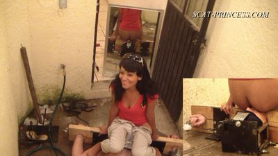 17225 - Cruel Shitting Session in Patio Part 3 Britany