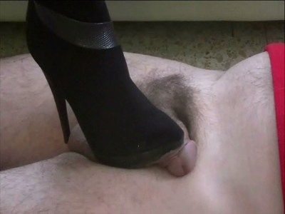 16586 - Do your genitals go to like my new boots ? Clip 65.