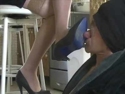 24361 - He is good your slave Marie ! Clip 175.