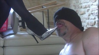 81962 - Guess who offered me these pumps slave