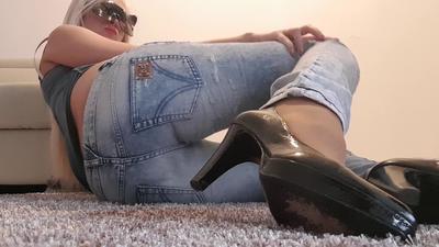 86373 - DG Jeans Heels Poop