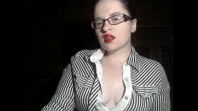 21421 - Worship my red juicy lips and round body