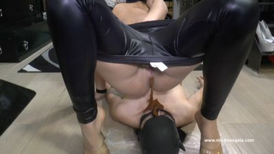 34738 - MISTRESS GAIA - CLOSE YOUR EYES!