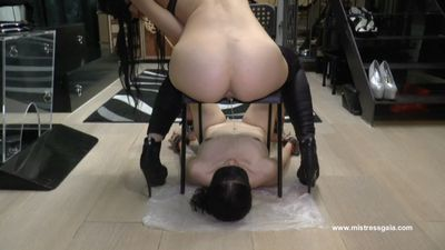 36548 - MISTRESS GAIA - WHOLE IN MOUTH!