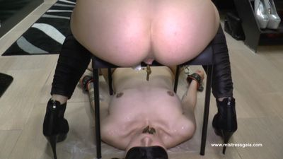 36549 - MISTRESS GAIA - WHOLE IN MOUTH!