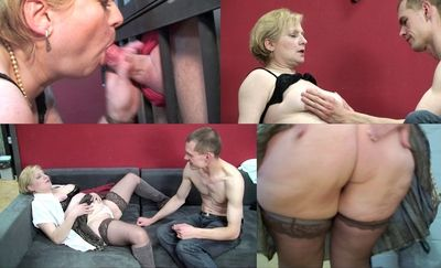43254 - Licked and finger fucked among lustfully looks