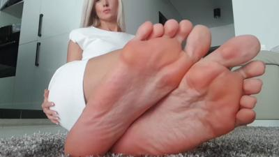 93108 - Pay And Worship
