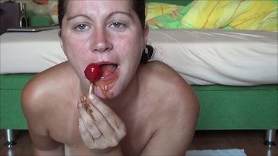 23558 - Sucks a lollipop part II