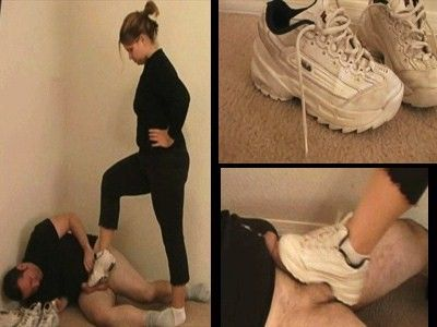 10629 - Cum Under Cousins Stinky Sneaker