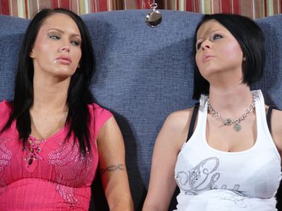 1463 - Jenna Presley and Loni Evans - Back under my control