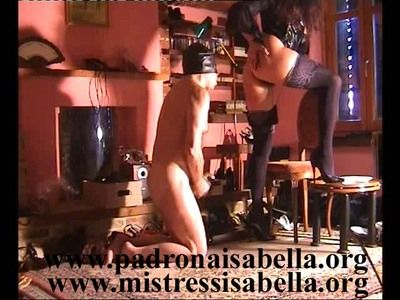 34544 - Scat, pee and eat: Mistress Isabella