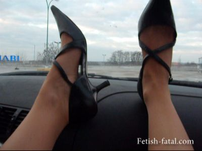 49967 - Beautiful legs in stockings and heels that Claire exhibits in the car