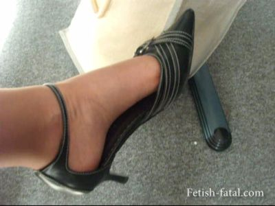 50004 - Show off her gorgeous feet and shoes under his desk at work !!!!