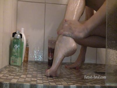 51244 - The beautiful naked Natalia is in the shower and she washes her beautiful feet so sexy!!