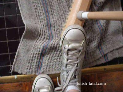 51283 - Wash the floor converse gray metal!!